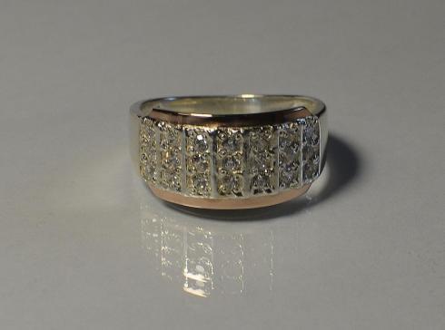 Срібний перстень з золотими вставками (напайками 584fd567e4010